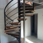 Escalier hélicoïdal avec supports de marches en caissons - Ondres - Landes