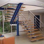 Escalier de 2 volées et palier à limon central avec garde-corps inox - Saint Sever - Landes